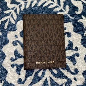 BRAND NEW Michael Kors Wallet